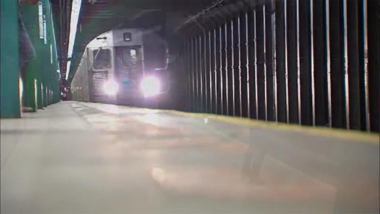 Switch problems cause major delays on 6 subway lines