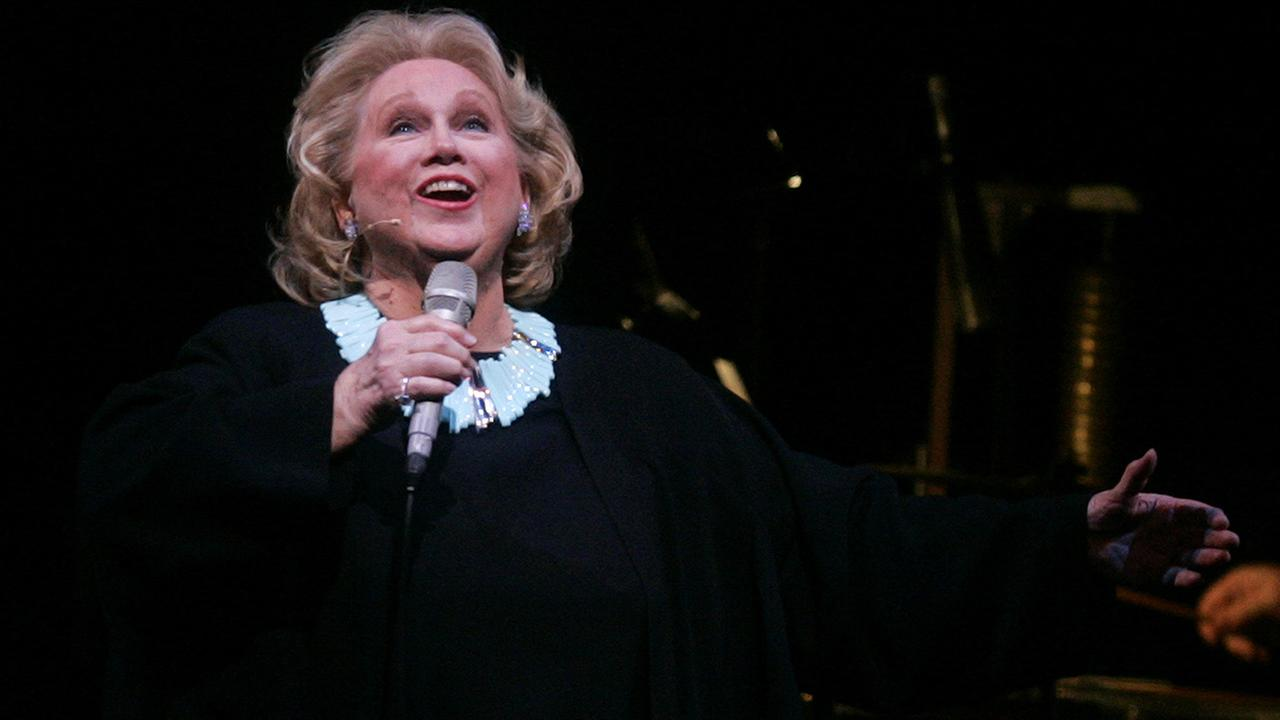 Veteran Broadway star Barbara Cook dies at age 89