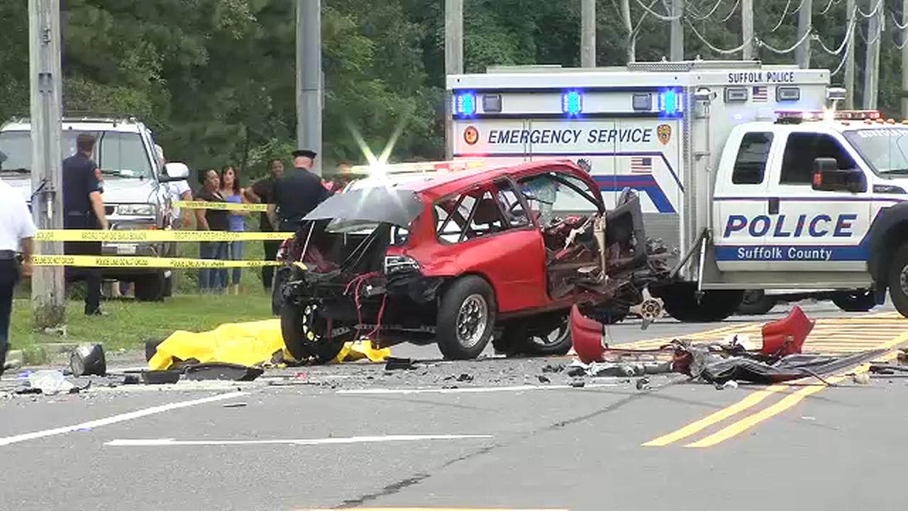 3 people killed when auto  crashes into SUV in Medford, Long Island