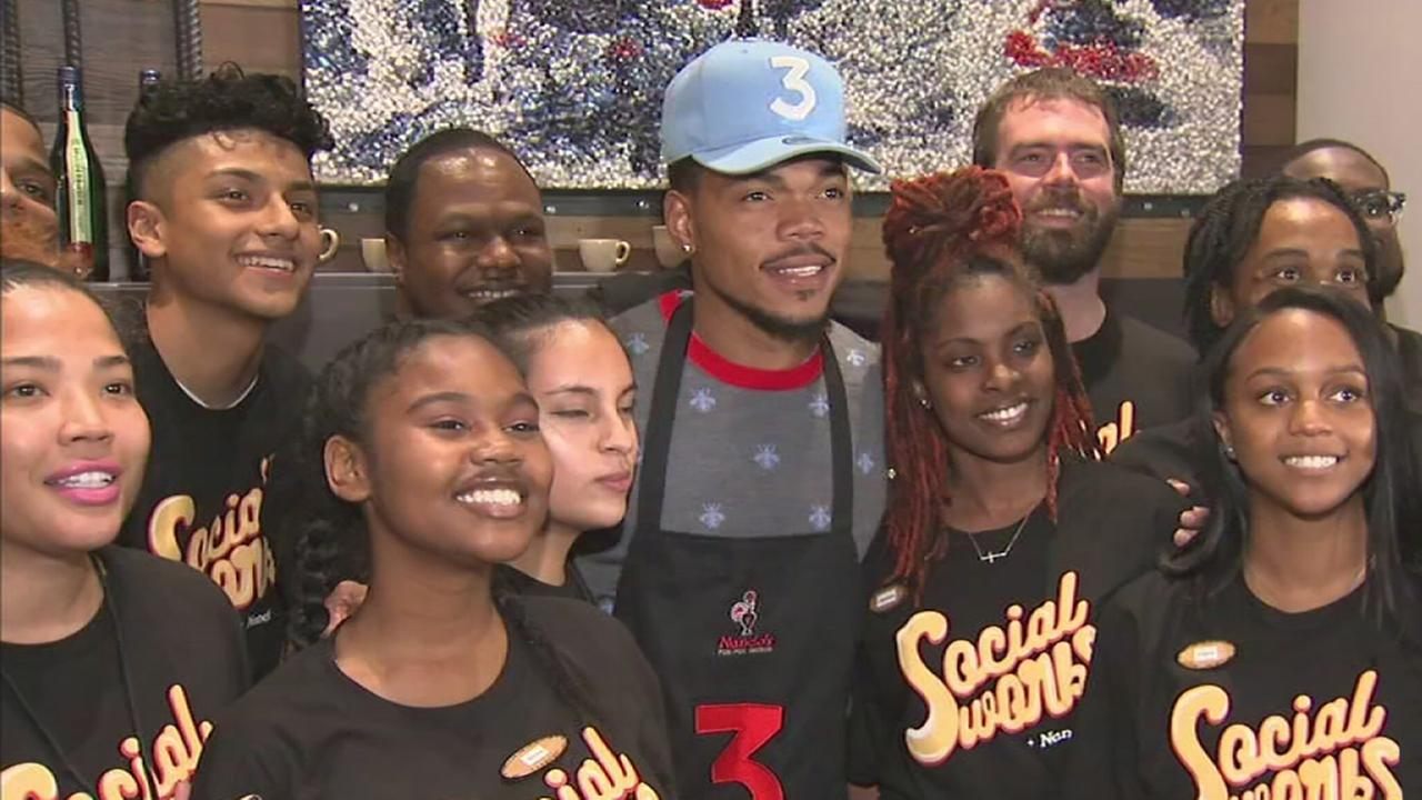 Chance the rapper grills at nandos to raise money for chicago kids chance the rapper grills at nandos to raise money for chicago kids abc7ny kristyandbryce Images