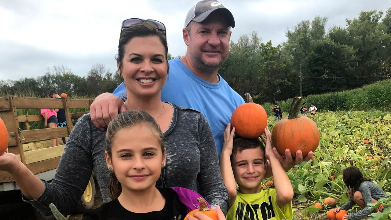 6 pumpkin and apple picking adventures near NYC