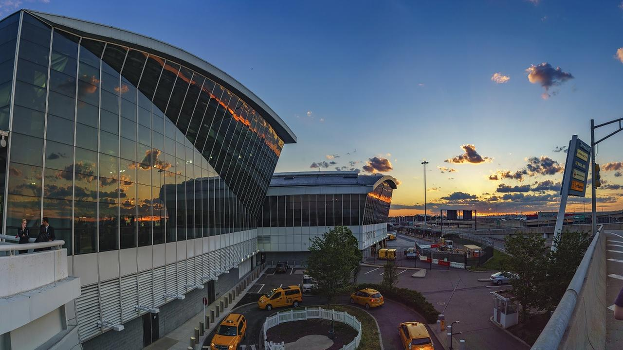 Port Authority officer struck, injured by suspect fleeing JFK Airport