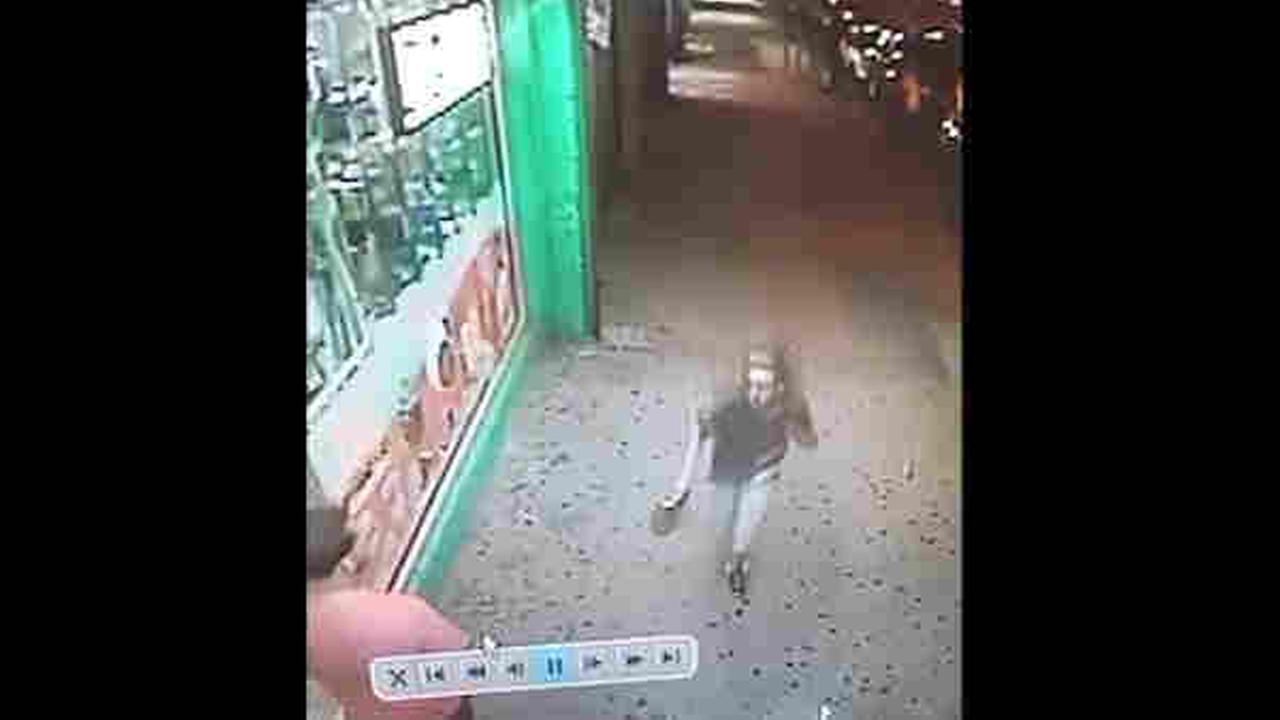 Thief in Bronx takes woman's phone, sprays her with burning substance