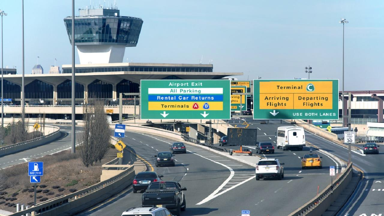 'Piggyback Bandit' massaged boy at Newark Airport, police say