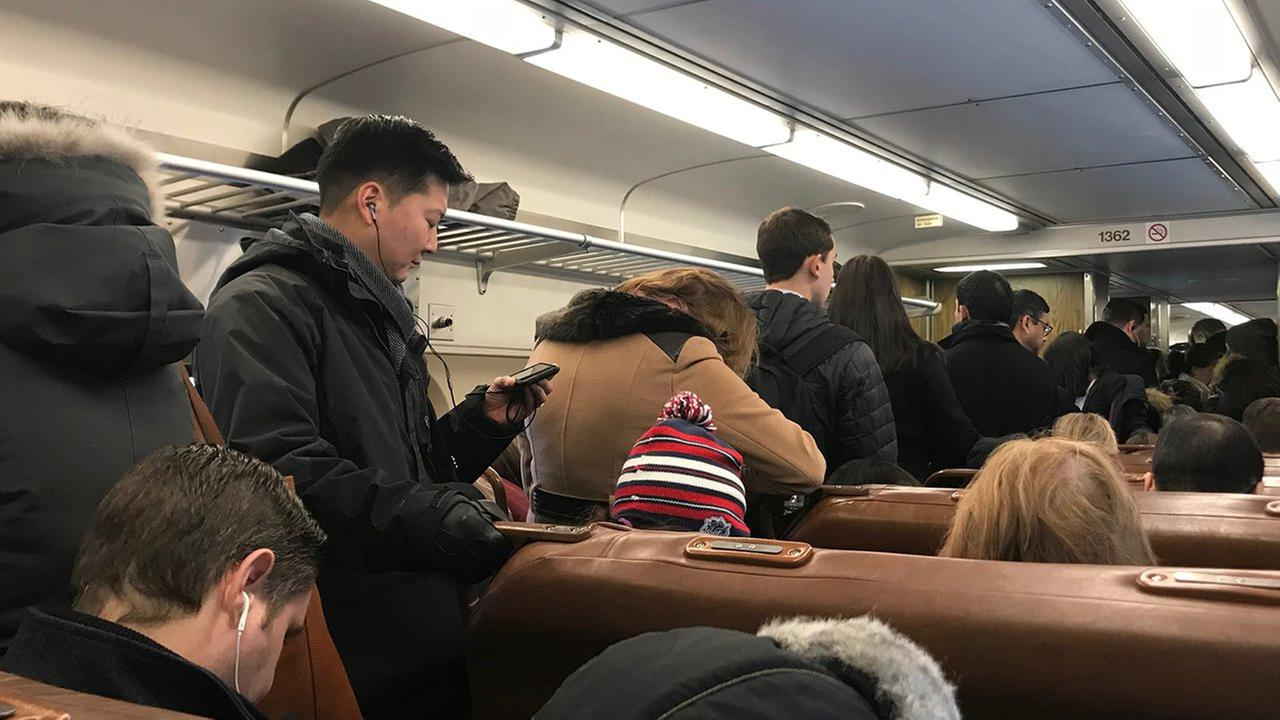 Disabled Amtrak Snarls Commute at Penn Station