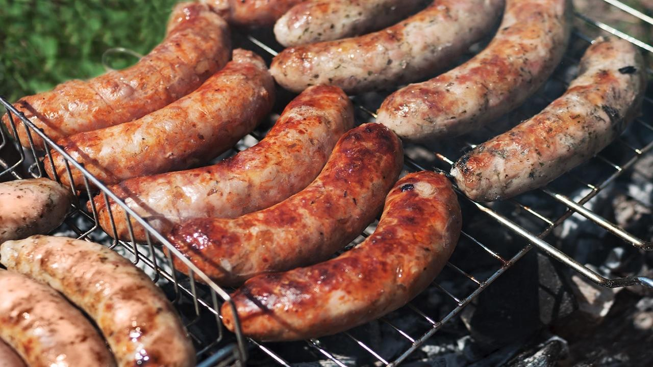 Butcher trapped in freezer uses sausage to bash his way out