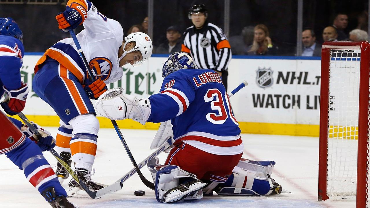 Beauvillier, Barzal lead Isles to 7-2 rout of Rangers