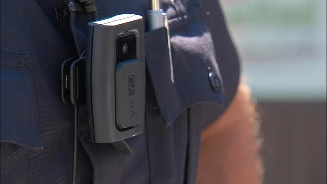 De Blasio fast tracks body cameras for patrol cops