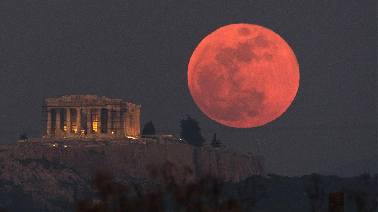 red moon tonight greece - photo #6