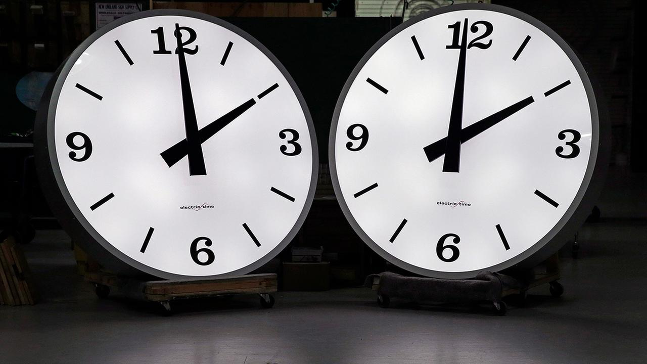 Time to spring forward to daylight saving time