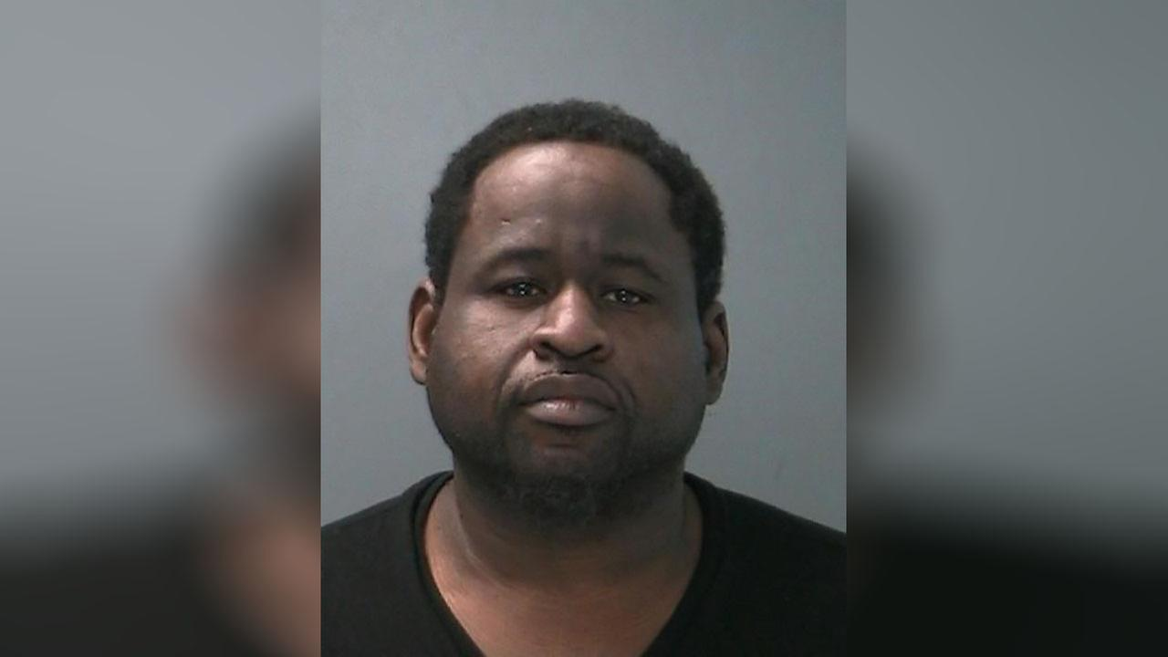 Man arrested in Wyandanch for driving with 76 license suspensions