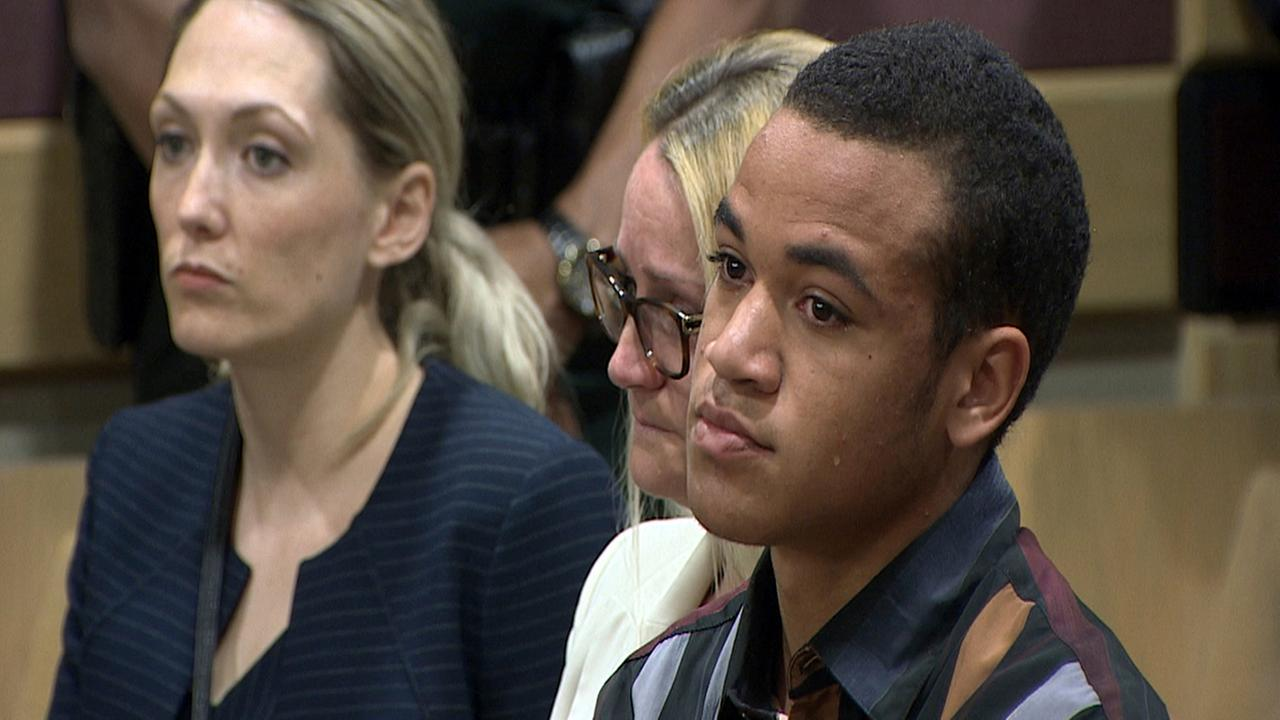 This frame grab provided by WSVN shows Zachary Cruz crying as his brother, Nikolas Cruz is arraigned in Fort Lauderdale, Fla., on March 14, 2018.(WSVN via AP, Pool)