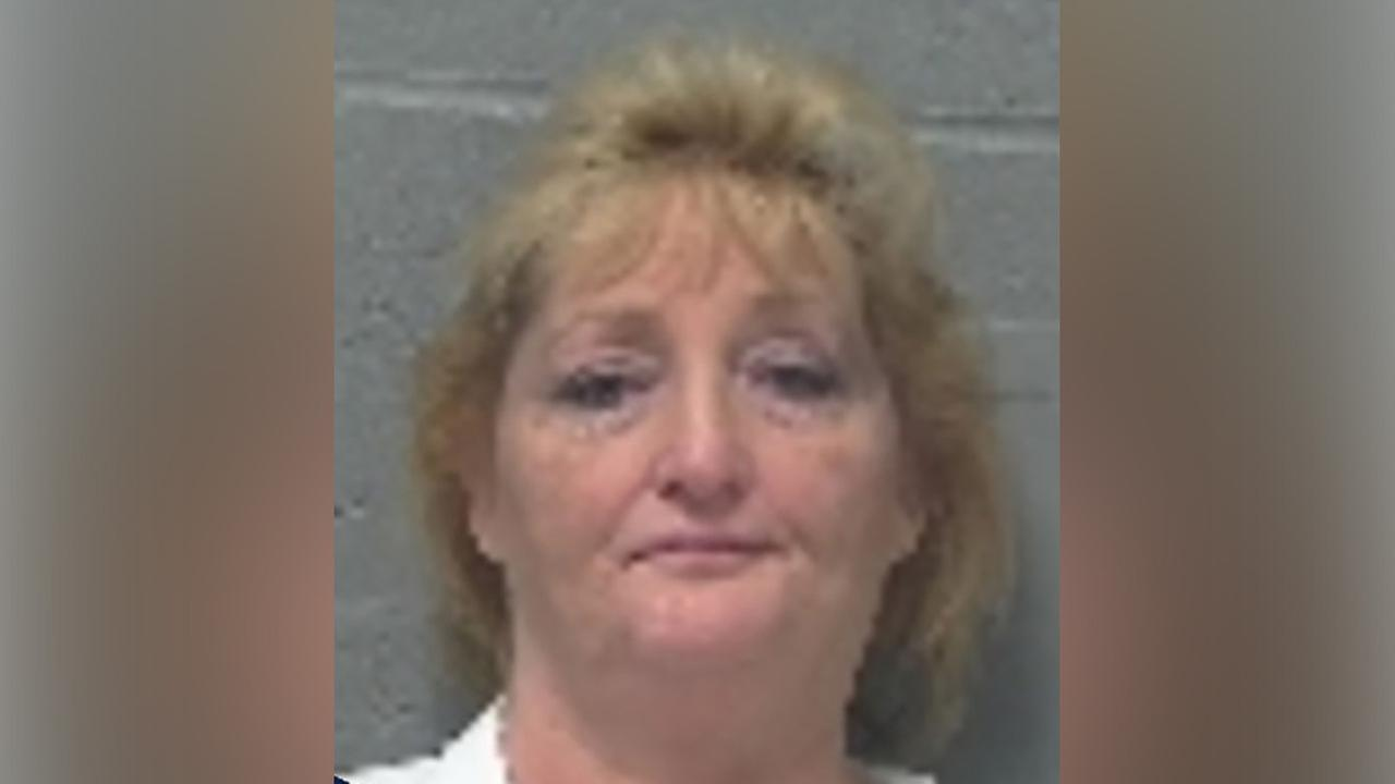 Police: Drunk Ohio woman arrested for making lewd comments to Easter Bunny