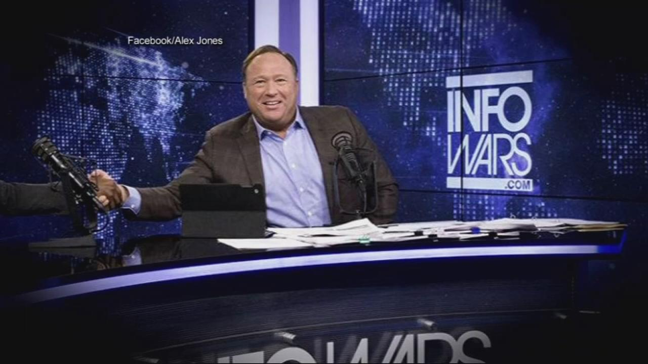 Infowars host Jones disputes persona in custody dispute