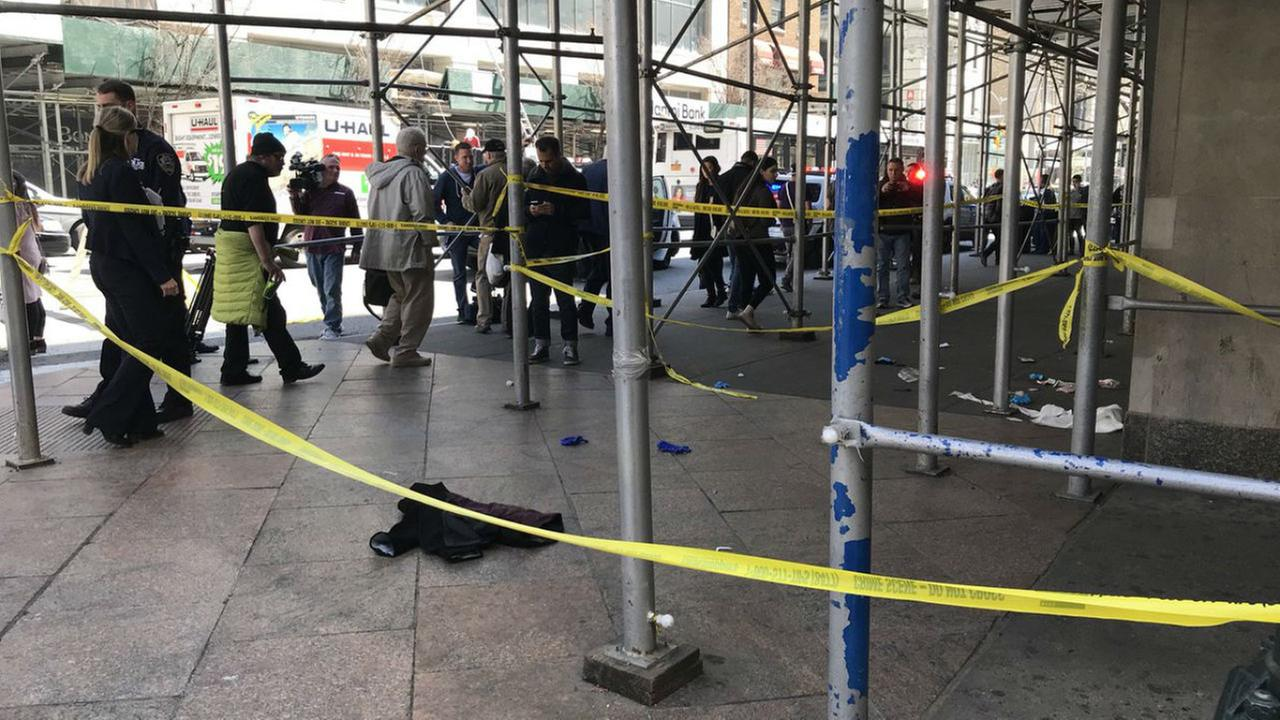 Frum Man Stabbed In Manhattan And In Critical Condition [Tehillim Needed]
