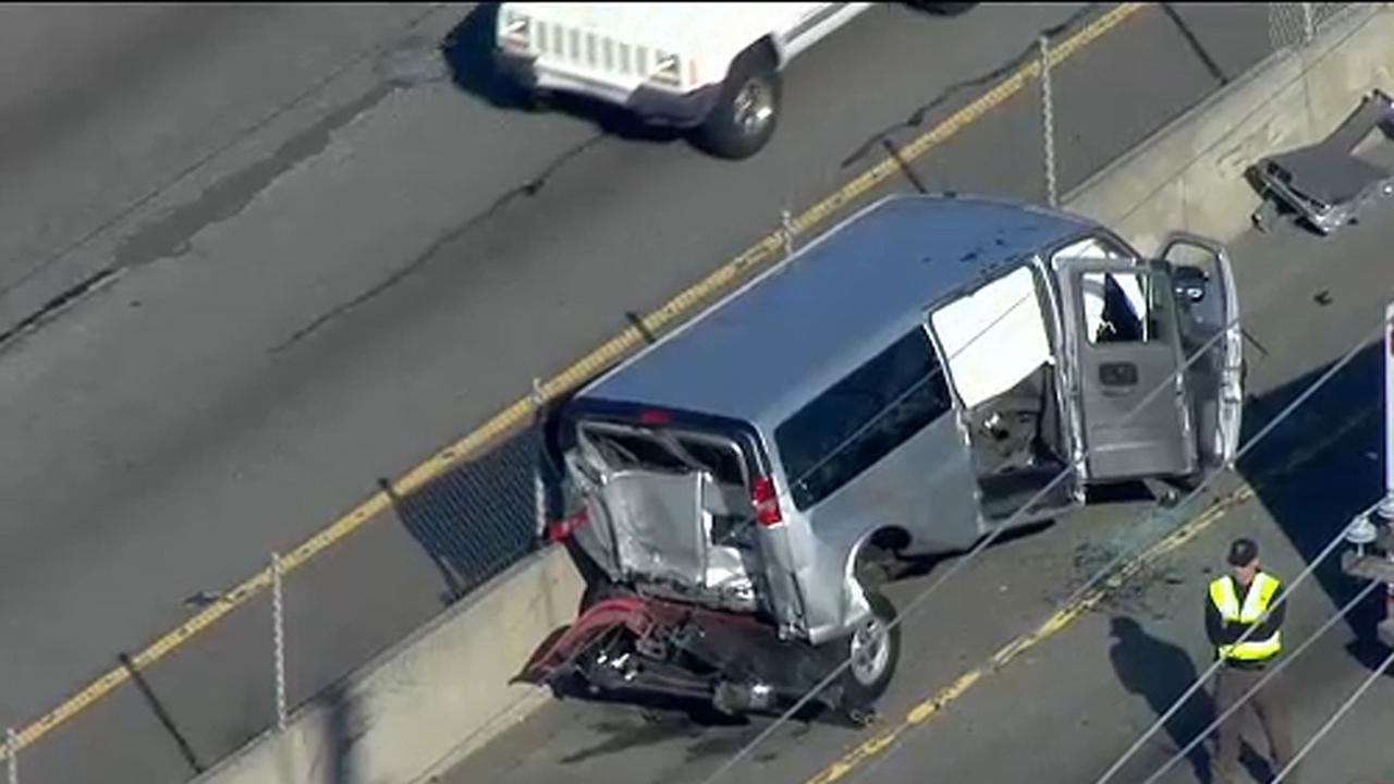 Rush hour crash leaves 1 dead in Little Falls, NJ
