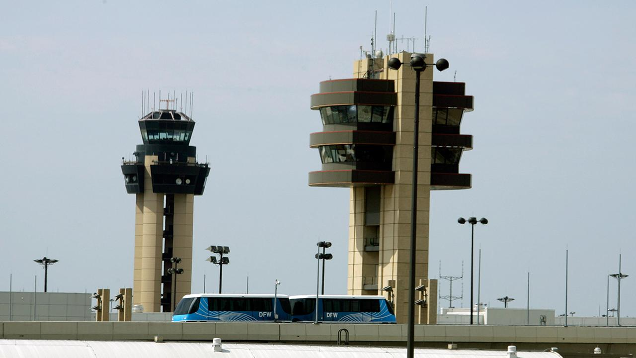 Texas airport workers used flights to distribute meth to NC