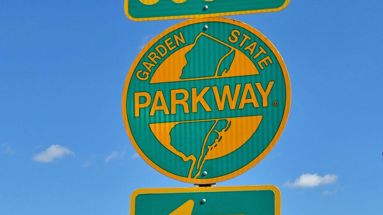 Woman critically injured after exiting car on Garden State Parkway; Driver charged after abandoning victim