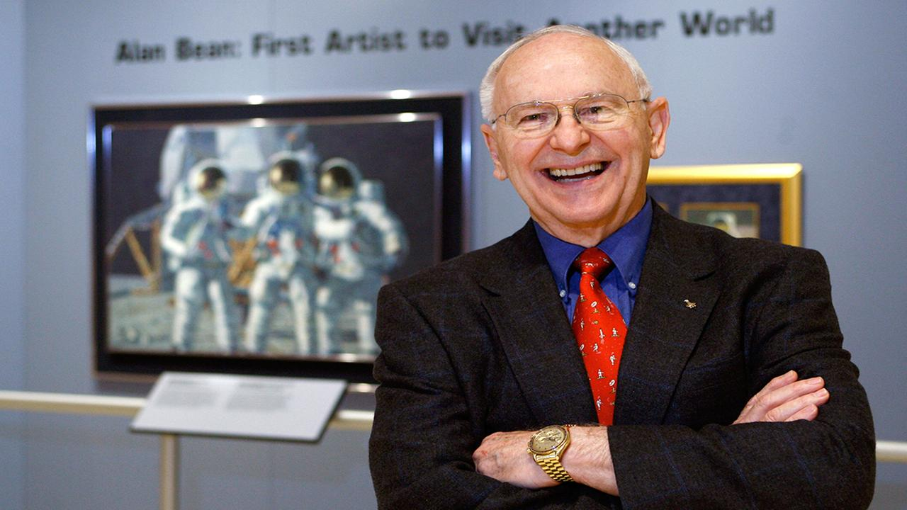 In this Oct. 1, 2008 photo, Alan Bean is shown during a preview of his work at the Lyndon Baines Johnson Library and Museum Wednesday, in Austin, Texas. (AP Photo/Harry Cabluck)