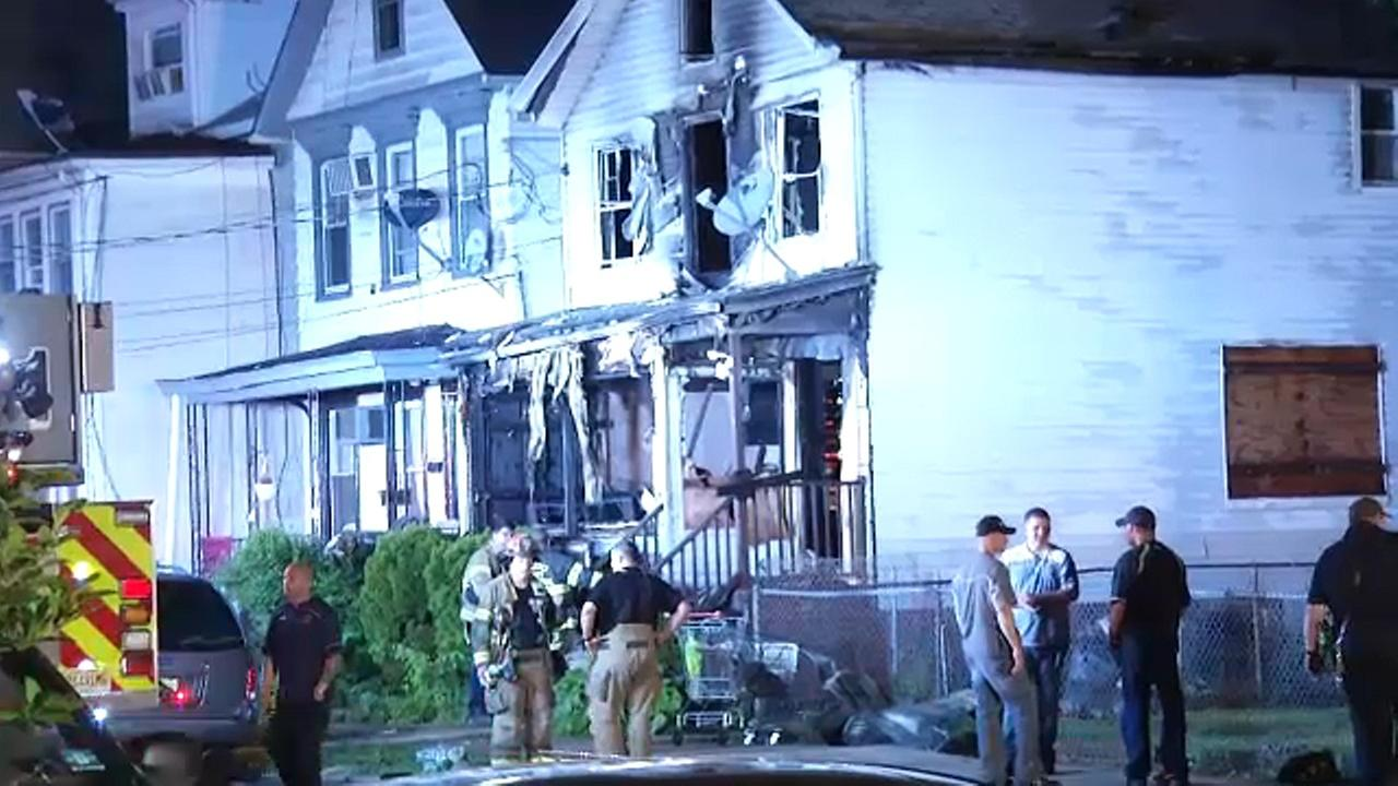 2 believe to be squatters die in New Jersey vacant building fire