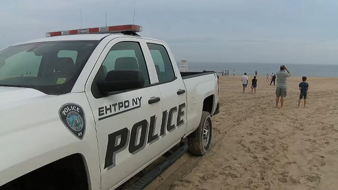2 bodies recovered after small plane crashes off of Long Island beach