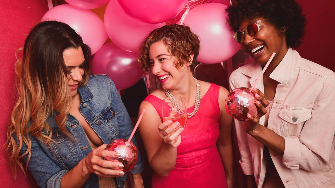 Rosé Mansion pop up brings wine country to New York City this summer