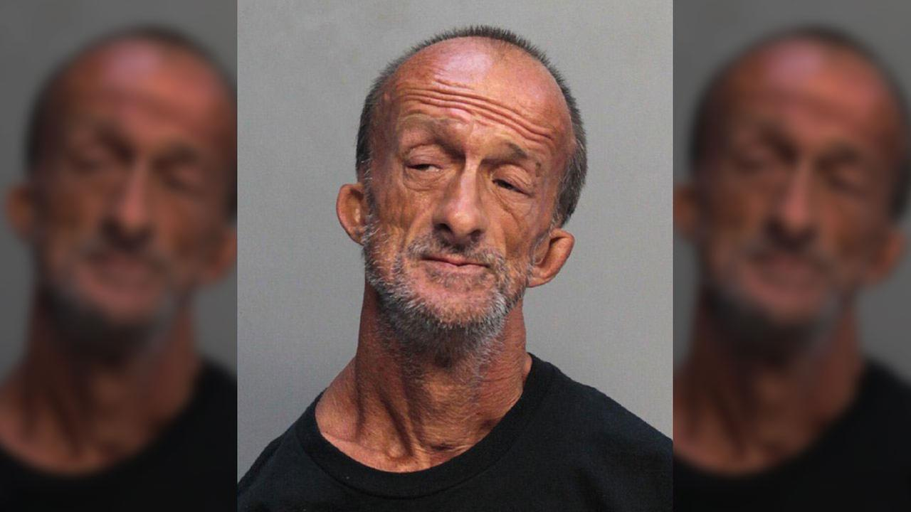 Man with no arms arrested for stabbing tourist in Florida