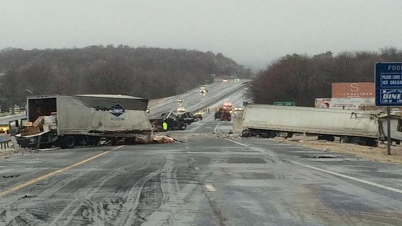 tractor trailer accident route 17 rock hill