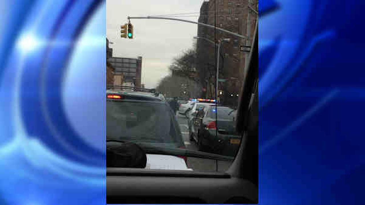 PHOTO: 2 police officers shot in Brooklyn