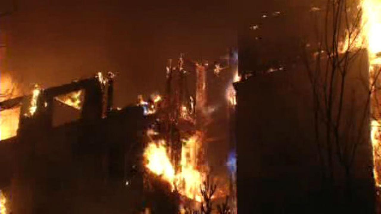 PHOTOS: Massive fire tears through apartment building in EdgewaterWABC