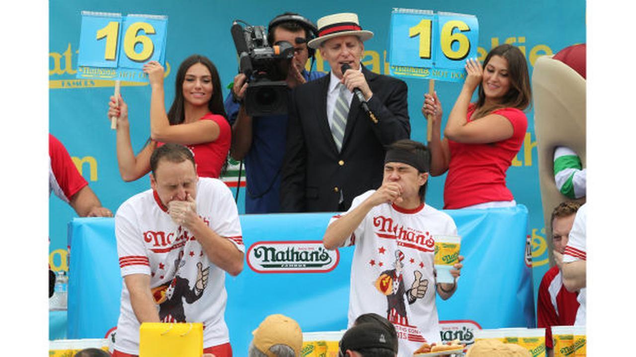 APTOPIX Hot Dog ContestTina Fineberg