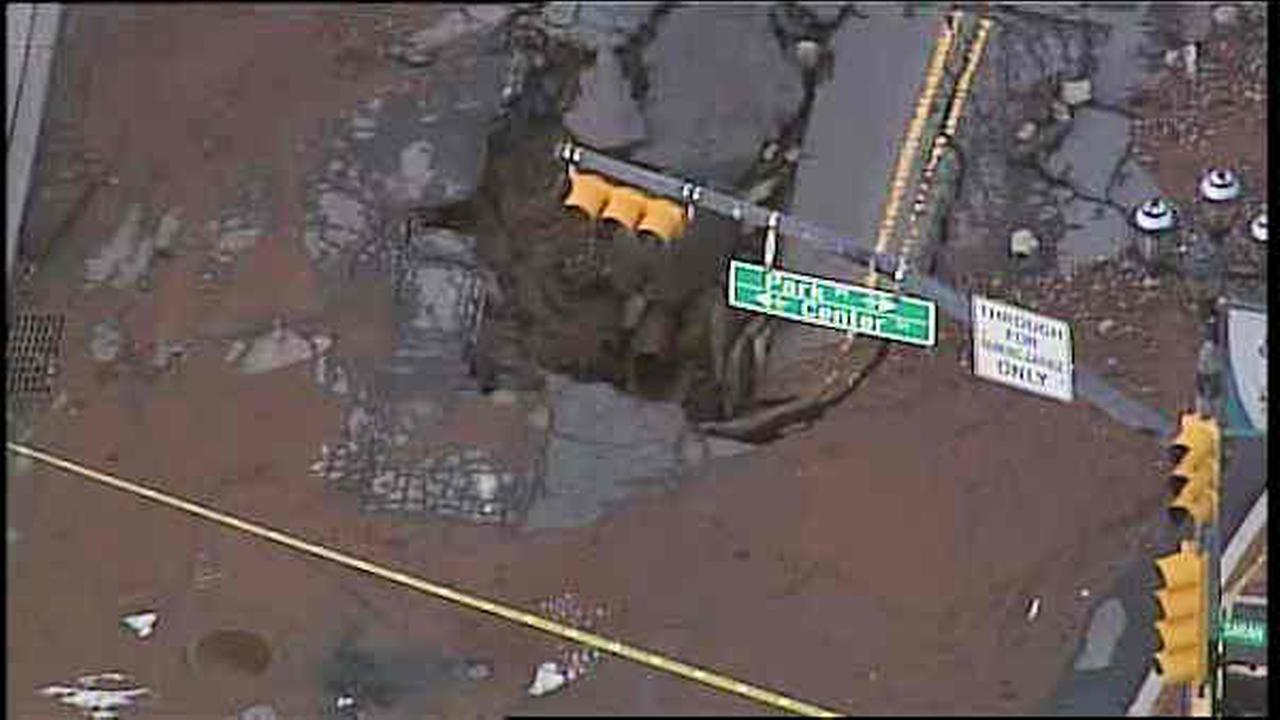 newark water main break sinkhole