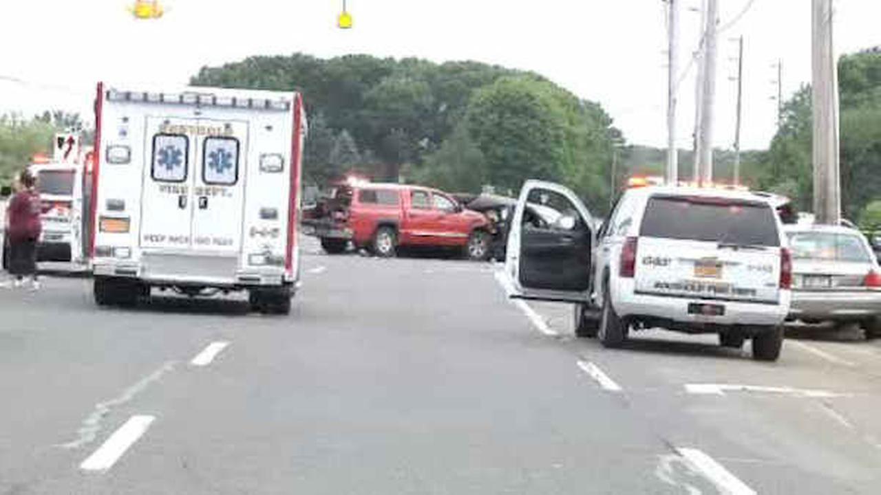 PHOTOS: Long Island limo crash
