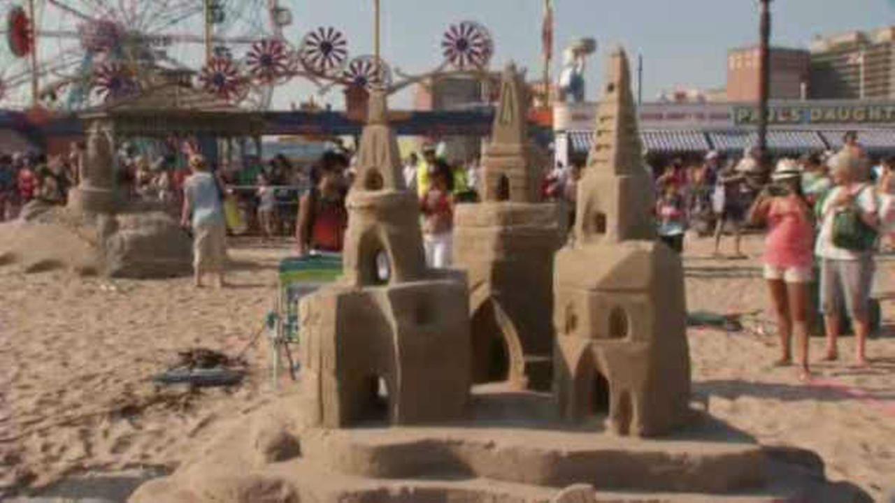 PHOTOS: Coney Island annual sand sculpting contest