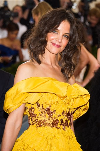 """<div class=""""meta image-caption""""><div class=""""origin-logo origin-image ap""""><span>AP</span></div><span class=""""caption-text"""">Katie Holmes attends The Metropolitan Museum of Art's Costume Institute benefit gala celebrating """"Charles James: Beyond Fashion"""" on Monday, May 5, 2014, in New York. (Charles Sykes/Invision/AP)</span></div>"""