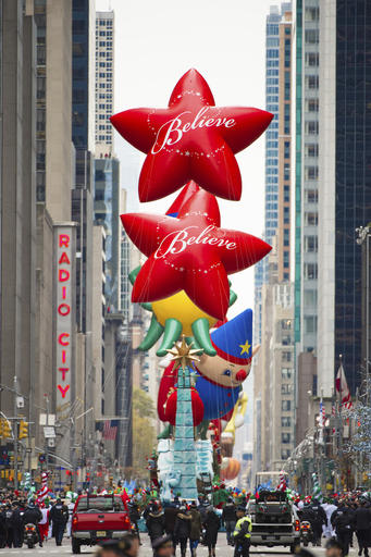 "<div class=""meta image-caption""><div class=""origin-logo origin-image none""><span>none</span></div><span class=""caption-text"">Parade floats are seen on 6th Avenue are seen during the Macy's Thanksgiving Day Parade on Thursday, Nov. 24, 2016, in New York. (Scott Roth/Invision/AP)</span></div>"