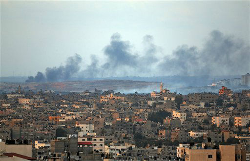 Smoke rises after an Israeli missile strike hit the northern Gaza Strip, Thursday, July 17, 2014.   <span class=meta>(AP Photo&#47; Lefteris Pitarakis)</span>