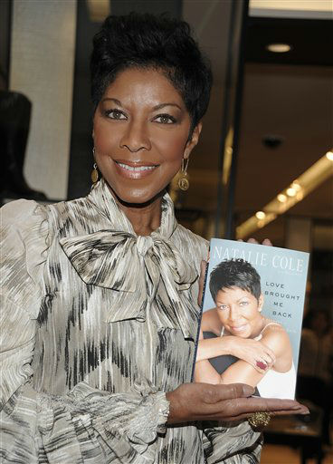 "<div class=""meta image-caption""><div class=""origin-logo origin-image none""><span>none</span></div><span class=""caption-text"">Natalie Cole arrives at a book signing for her recently released memoir ""LOVE BROUGHT ME BACK: A Journey of Loss and Gain"" in 2010. (AP Photo/Dan Steinberg) (AP Photo/ Dan Steinberg)</span></div>"