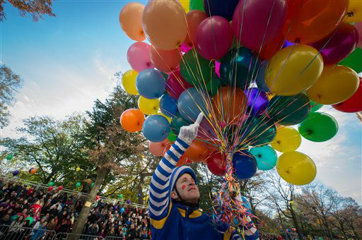<div class='meta'><div class='origin-logo' data-origin='none'></div><span class='caption-text' data-credit='AP Photo/ Bryan R. Smith'>A clown livens up the crowd during the Macy's Thanksgiving Day Parade, Thursday, Nov. 26, 2015, in New York.  (AP Photo/Bryan R. Smith)</span></div>