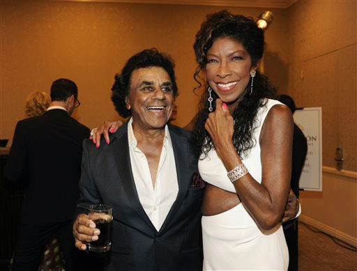 "<div class=""meta image-caption""><div class=""origin-logo origin-image none""><span>none</span></div><span class=""caption-text"">Singers Johnny Mathis, left, and Natalie Cole in Beverly Hills in 2014. (Photo by Chris Pizzello/Invision/AP) (Photo/Chris Pizzello)</span></div>"