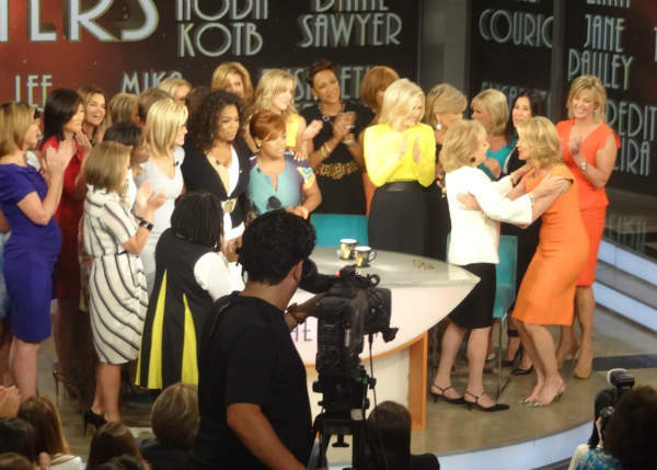 "<div class=""meta ""><span class=""caption-text "">Behind the scenes of Barbara Walters' last day on The View. (WABC Photo/ Sandy Kenyon)</span></div>"