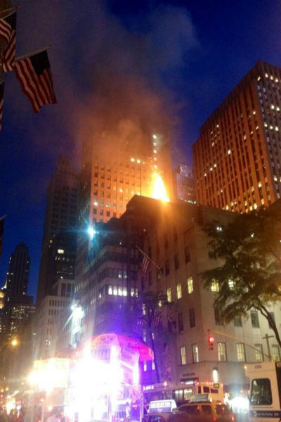 A fire broke out Friday night at the TGI Fridays at 604 5th Avenue at 48th Street.  <span class=meta>(WABC Photo)</span>