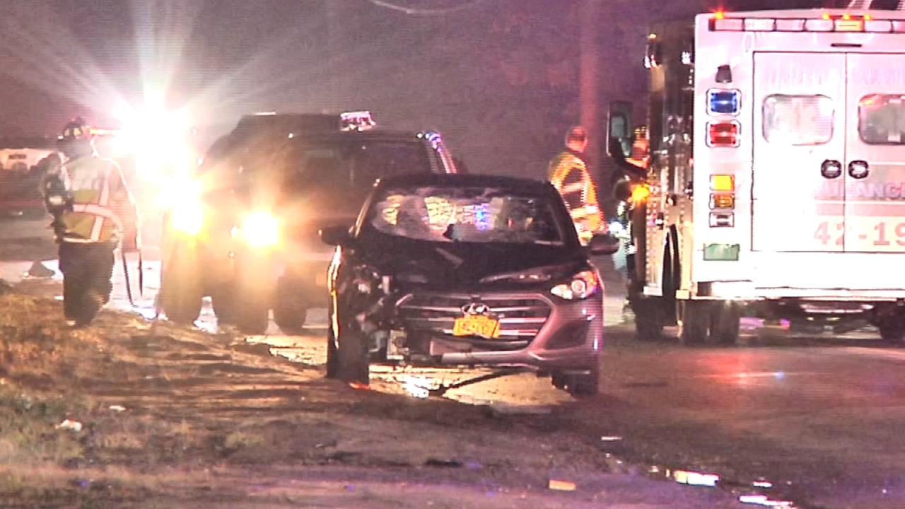 Woman fatally hit by car, child injured in Yaphank