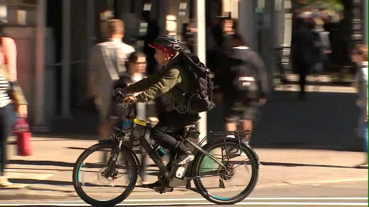 Groups pushing back against NYC's ban on e-bikes