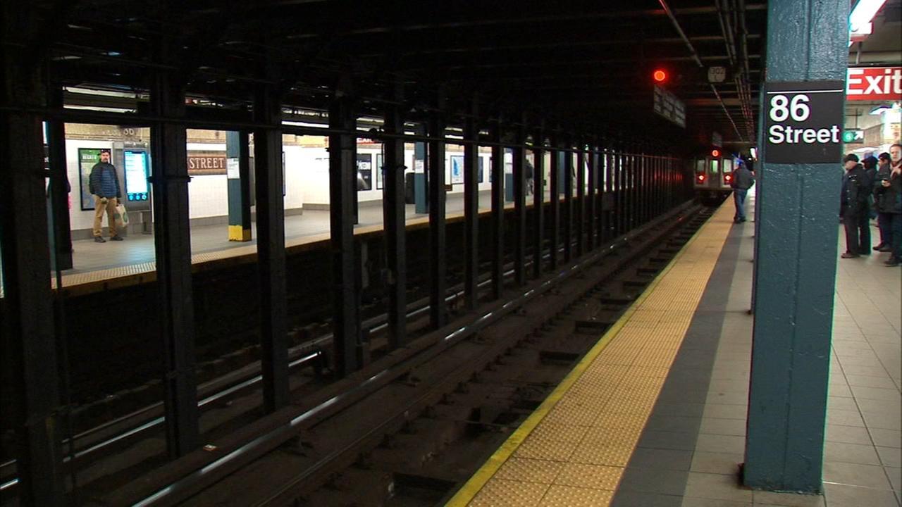Police: Baby in stroller found unattended on Manhattan subway platform