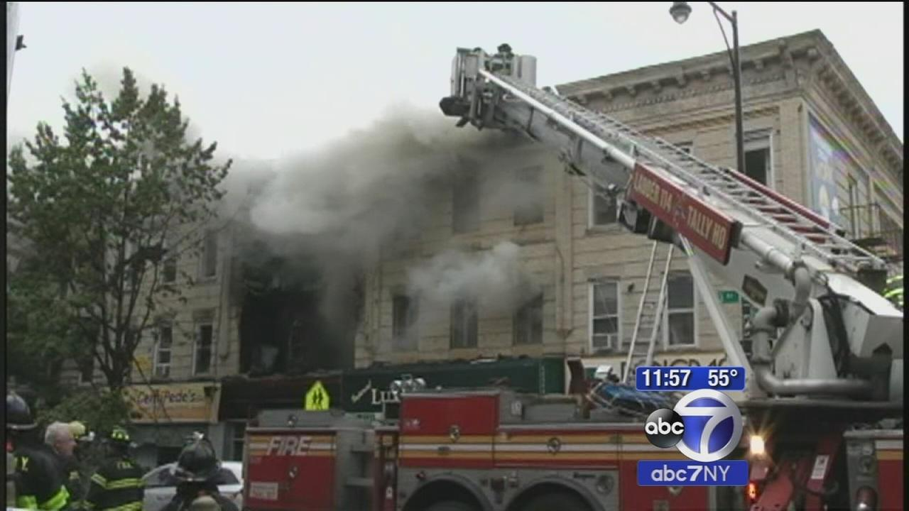 1 killed, 3 injured in massive Borough Park building explosion, fire