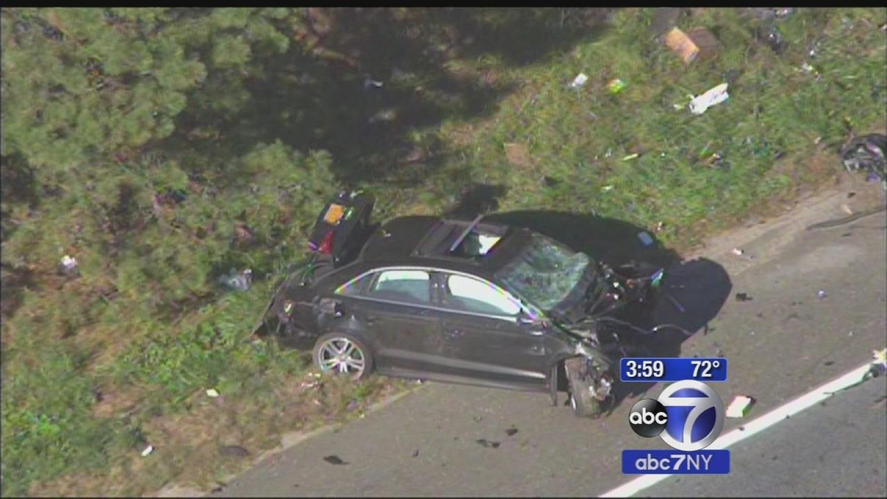 Westbound lands of Sunrise Highway shut down after crash in Patchogue