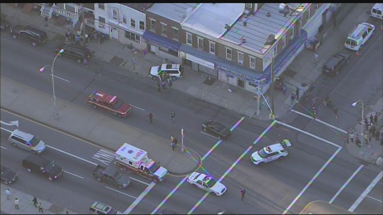 3 people taken to hospital after car accident in Richmond Hill, Queens