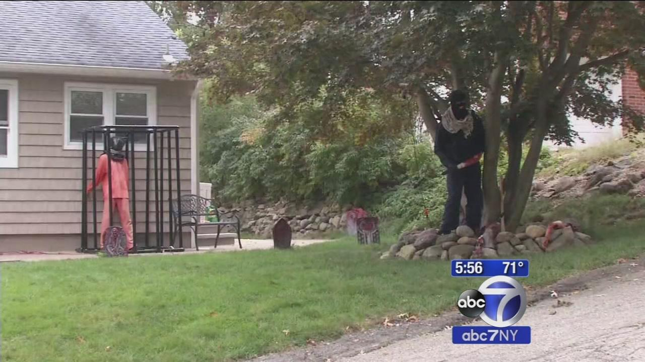 NJ home offends neighbors with ISIS Halloween display