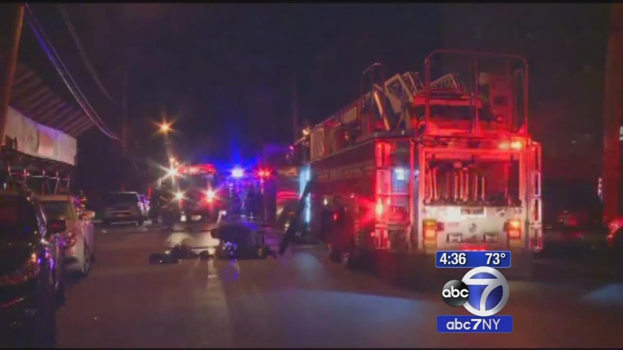 Staten Island fire leaves Good Samaritan dead, 5 hurt